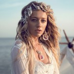 01_Spell-and-the-Gypsy-Collective_Sahara-Lace-Crop-top-02741
