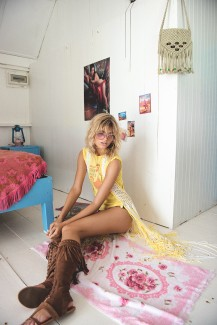 04_Hotel-Paradiso-Bloomers-70s-brown-52071